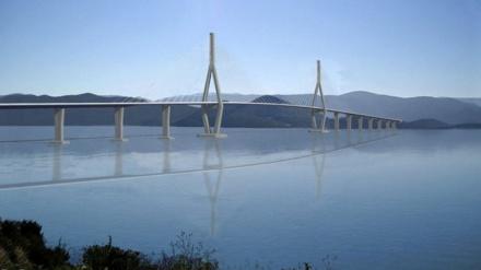 Kinezi danonoćno grade Pelješki most, do sredine augusta bi trebale biti spojene hrvatske obale