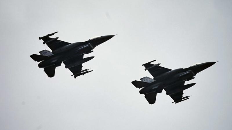 روسی جنگی طیاروں نے امریکی جاسوسی ڈرون کا پیچھا کیا