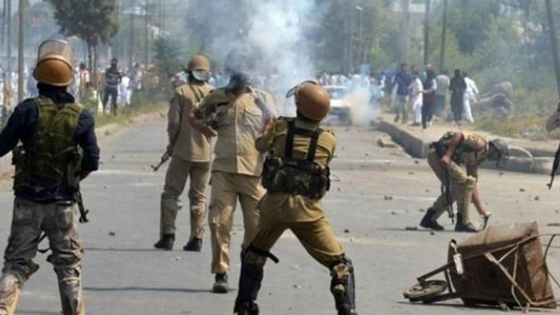 کشمیر میں حالات کشیدہ 47 سکیورٹی اہلکار زخمی