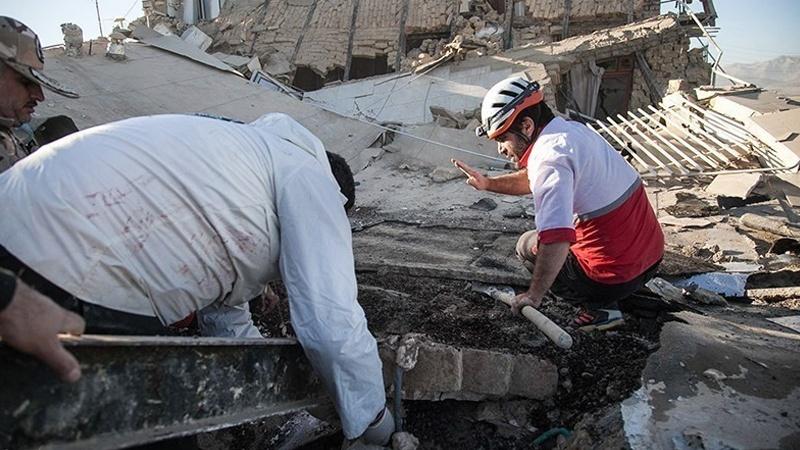 کرمانشاہ میں زلزلہ دو جاں بحق اور تین سو سے زائد زخمی