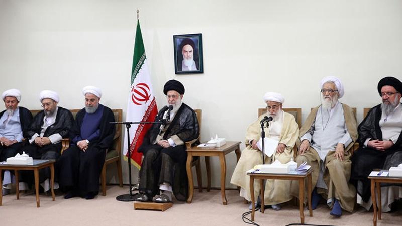 İnqilab Rəhbəri: Düşmən İran xalqını məyus və bədbin etməyə çalışır