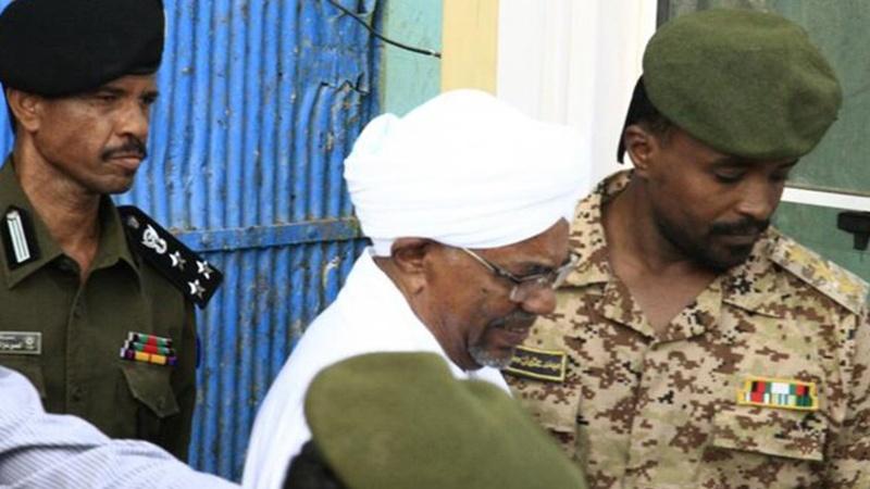 سوڈان کے سابق صدر کا سعودی عرب سے 9 کروڑ ڈالر لینے کا اعتراف