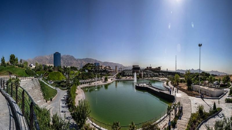 تہران میں سیاحتی جھیل اور آرٹ گیلری کا افتتاح