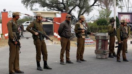 کشمیر میں پولیس پرحملہ، دو اہلکار ہلاک