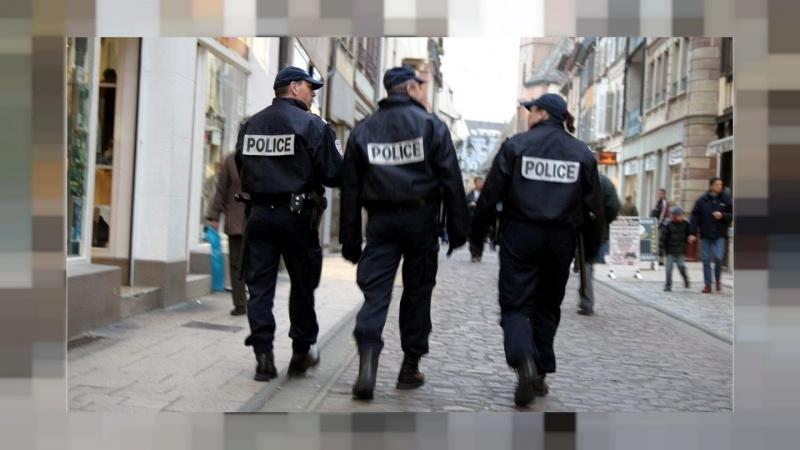 Paris ətrafındakı küçələrdə çaxnaşmalar davam edir