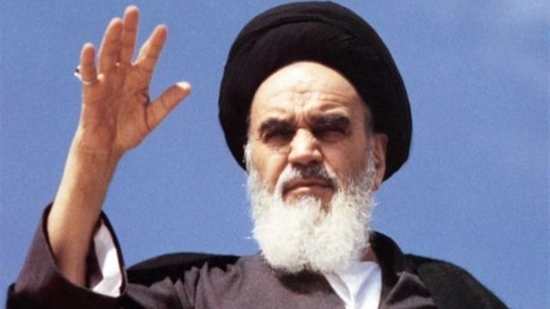 امام خمینی نے اسلامی انقلاب کے ذریعہ دنیا کے سیاسی نظام کو تہ و بالا کیا