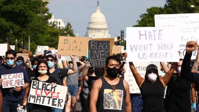 سیاہ فاموں کو امریکہ کے نظام انصاف پراعتماد نہیں: امریکی اٹارنی جنرل کا انکشاف