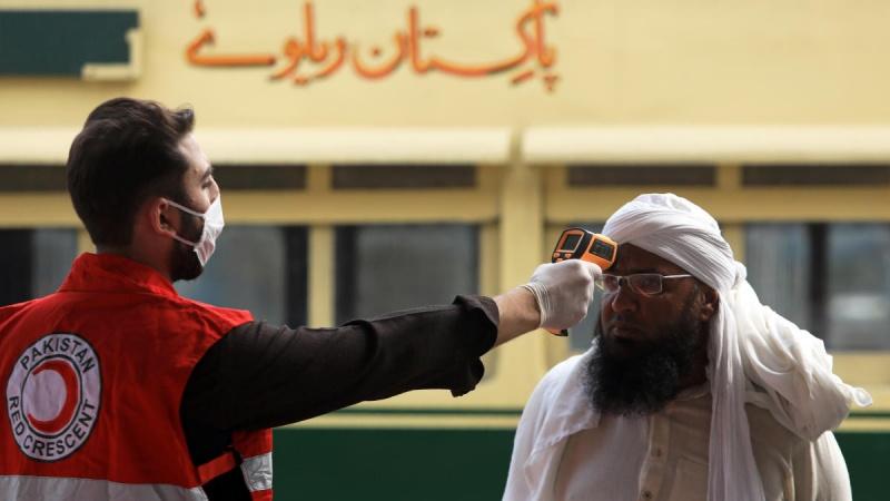 پاکستان میں کورونا سے 4  ہزار 395 ہلاکتیں
