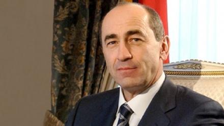 Ermənistanda keçmiş prezidentlərin koalisiyasına dəstək verilir