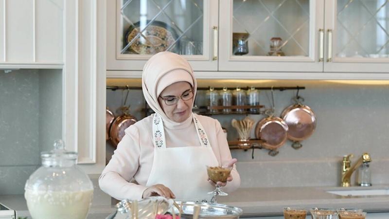 Umjesto ašure, pažnju privukla kuhinja Emine Erdogan