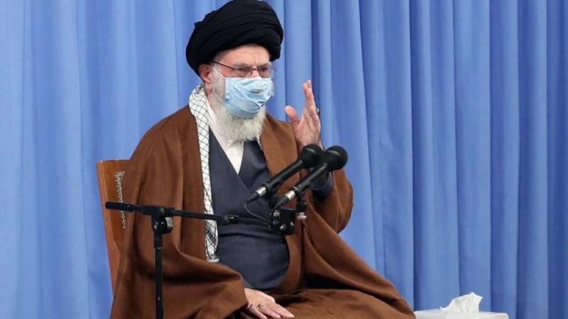 ڕابەری باڵای شۆڕشی ئیسلامی : متمانە بە بیانییەکان ناکرێت