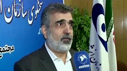 ایرانی پارلیمنٹ کے کرده قانون کے نفاذ پر زور
