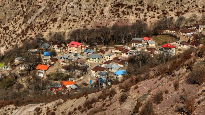 Xwezaya bedew û resen gundê Emaftê li Sewadkûha Mazenderanê