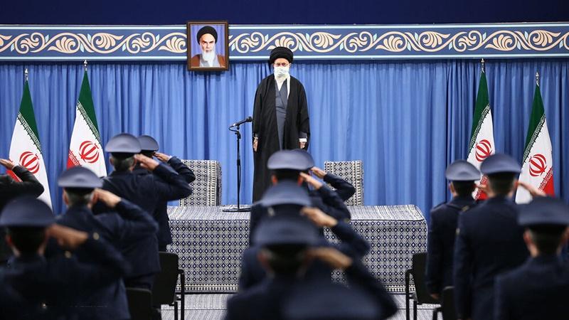 Susret zapovjednika vojne avijacije s liderom Islamske revolucije