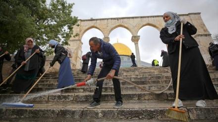 Stotine Palestinaca učestvovalo u akciji čišćenja džamije Al-Aksa uoči ramazana