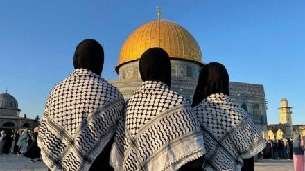 فلسطینی نماز عید کے لئے مسجد الاقصیٰ میں اُمڈ پڑے۔ ویڈیو+تصاویر