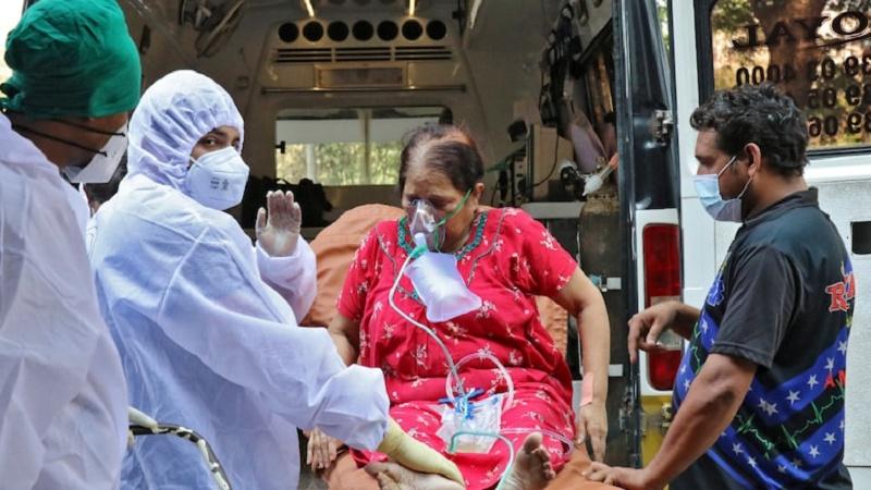 ہندوستان میں کورونا کی شدت برقرار