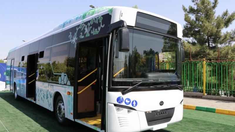ایران میں تیار کی گئی بجلی سے چلنے والی پہلی بس کا افتتاح