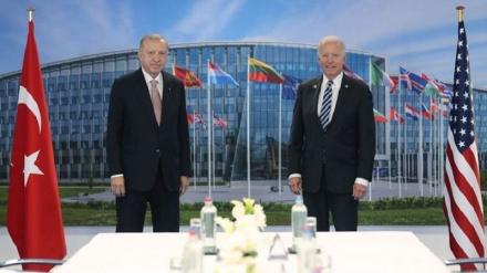 Biden i Erdogan održali prvi bilateralni sastanak u jeku neriješenih sporova