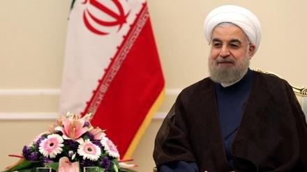 Ruhani islami ölkələrin başçılarını təbrik edib