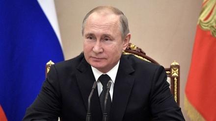 Putin Rusiyanın hərbi gücünə təkid edib