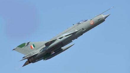 ہندوستان کا جنگی طیارہ مگ-21  حادثے کا شکار