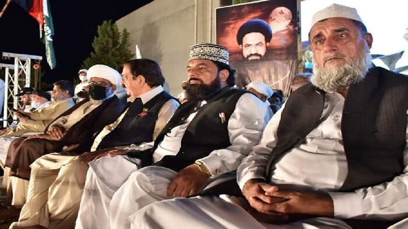 شہید عارف حسین نے عالمی استعمار کے خلاف سینہ سپر رہنے کا درس دیا: شیعہ و سنی علماء
