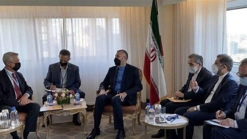ایران کی عالمی برادری سے افغانستان میں امن و استحکام کے قیام میں مدد کی اپیل