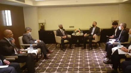 ایران و ہندوستان کے وزرائے خارجہ کی ملاقات، مختلف مسائل پر تبادلہ خیال