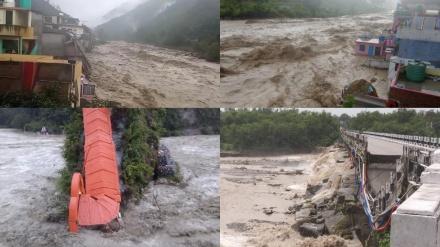 ہندوستان میں شدید بارشوں میں درجنوں افراد کی ہلاکت