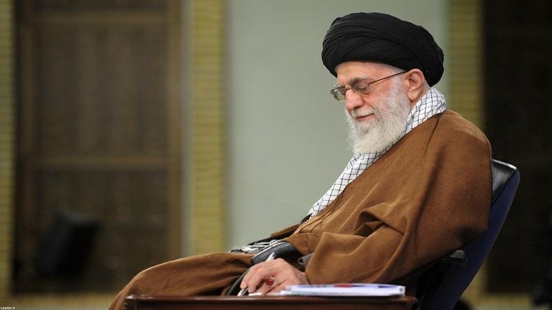 مجرموں کی سزائیں معاف، رہبر انقلاب اسلامی نے دیا عید کا تحفہ
